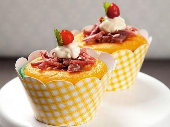 Receitas - festa junina (cupcake de fubá e carne seca)